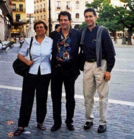 Zeig&Maite&Pepe_2002